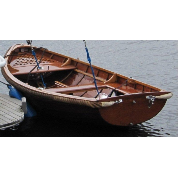 segel markt gebrauchte segelboote jolle dingi holzboot. Black Bedroom Furniture Sets. Home Design Ideas